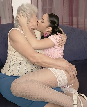Lesbian Granny Porn Pictures